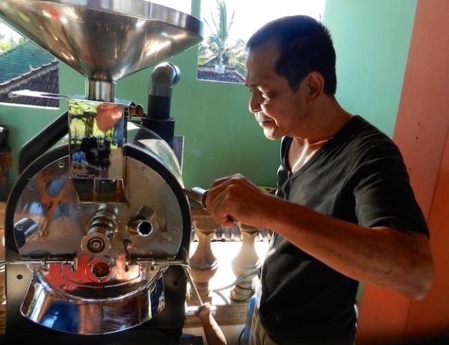 Kahiyang Coffee with Iwan